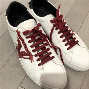 Never worn authentic Givenchy sneakers